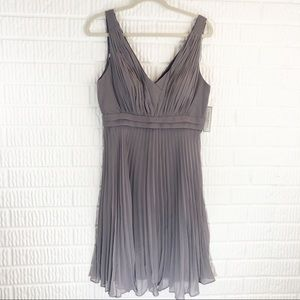 NWT Donna Morgan Sterling pleated dress